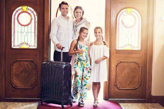 5 Lodging Alternatives for Traveling with Your Family