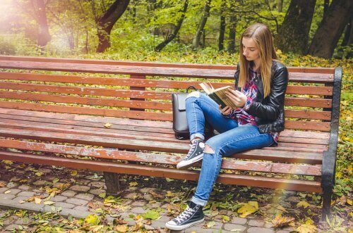 Book Series for Teenagers: 10 Great Options