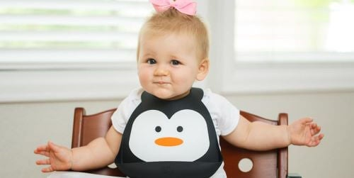 8 Fun Ways to Decorate Baby Bibs