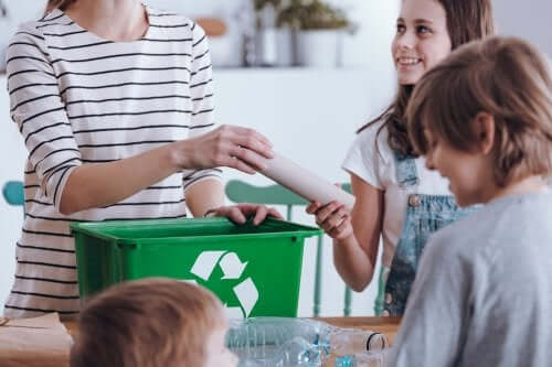 Benefits of Learning to Recycle as a Family