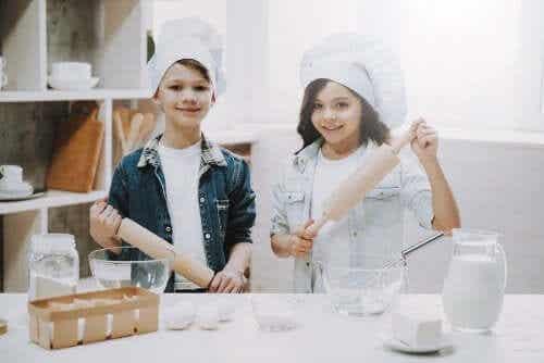 4 Ways to Help Children Make Friends