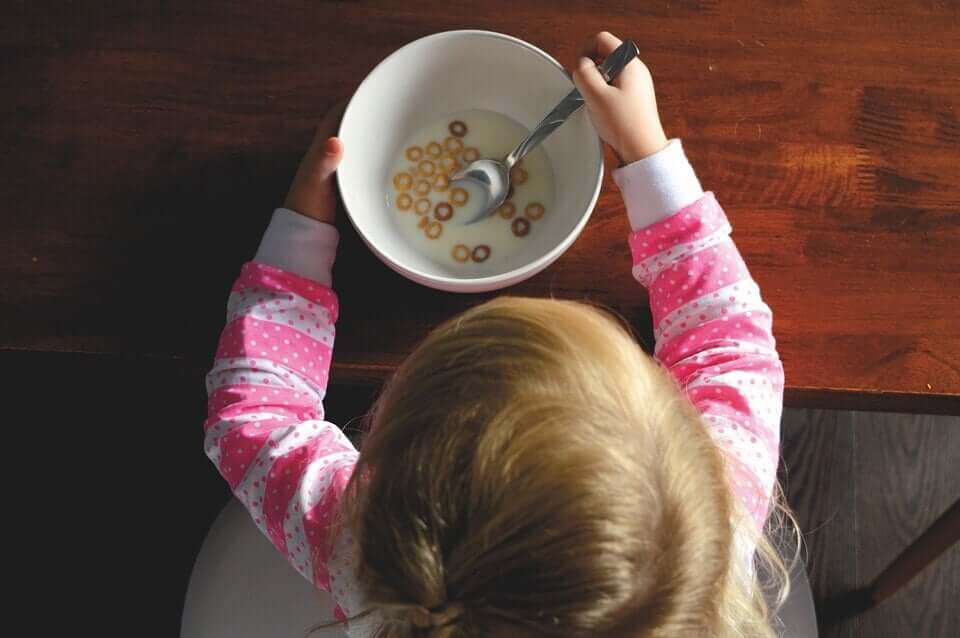 How Much Should Children Eat, According to Age