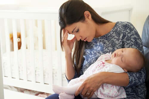 How Can You Deal with Postpartum Anxiety?