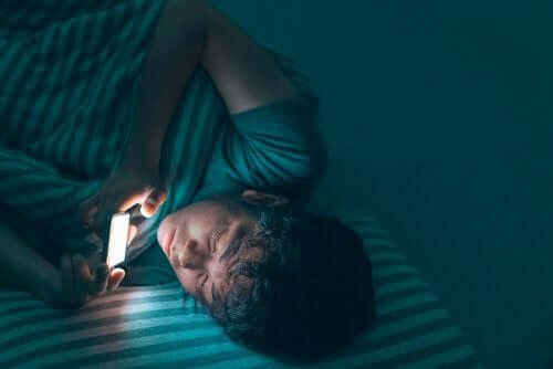 Insomnia in Teenagers: What You Should Know