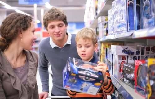 Keys for Avoiding Compulsive Consumerism in Children