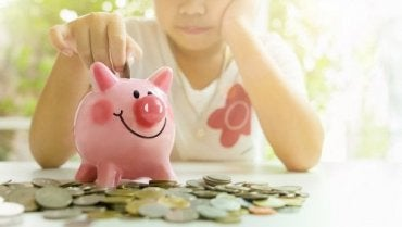 5 Stories to Learn How to Save Money