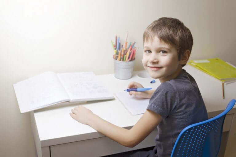 Should Parents Help Children with Their Homework?