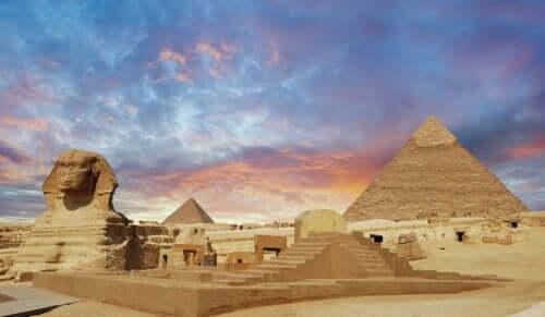 Discover Egypt Through Children's Literature