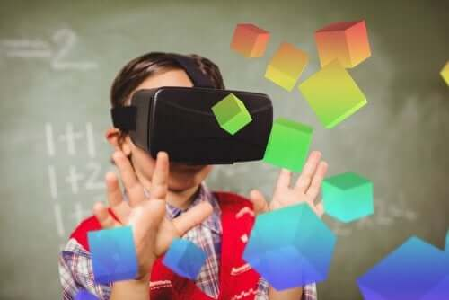 The Benefits of Mixed Reality in Education