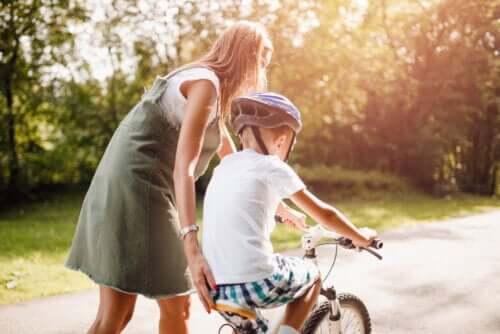 12 Quotes that Encourage Positive Behavior in Children