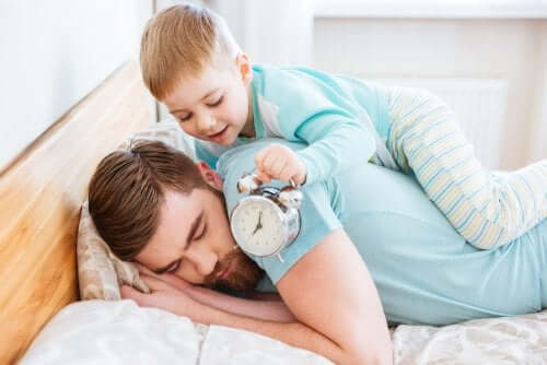 My Child Wakes Up Early: What Should I Do?