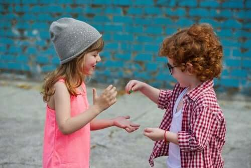 How to Help Your Child Be Sociable