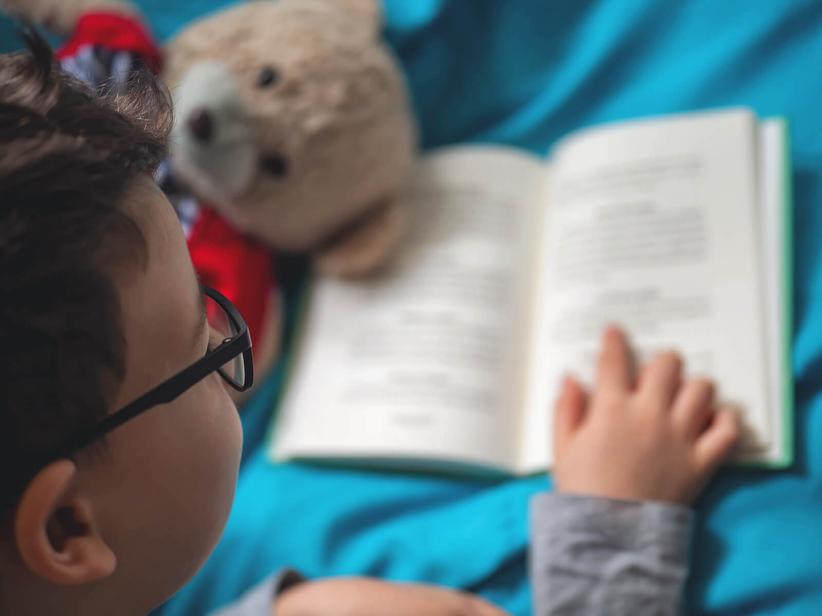 4 Ways to Stimulate Reading at Home
