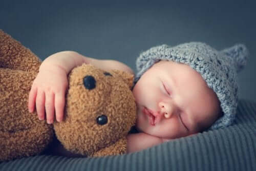 How Do Babies Sleep During Their First Three Months?
