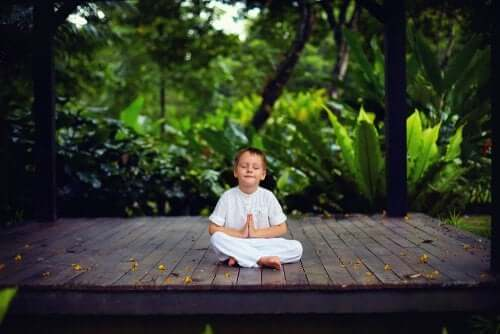 Sitting Still Like a Frog: Meditation for Kids