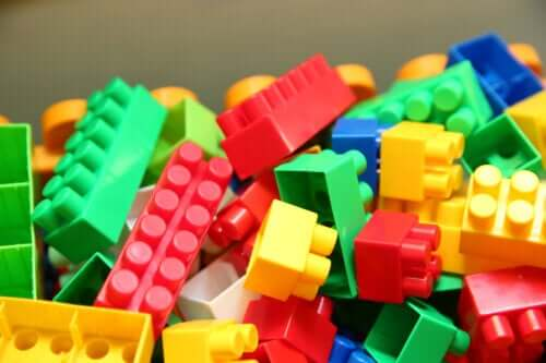 The Benefits of LEGO Education in the Classroom