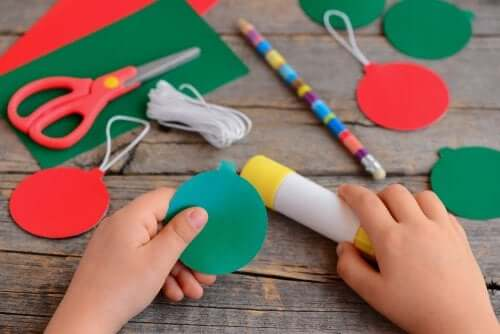 Christmas Crafts to Make at Home with Your Family