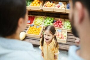 Tantrums in Public: 9 Tips on How to Respond