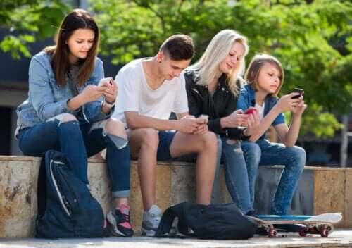 Tips to Help Your Children Avoid Idolatry