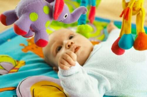 6 Development Exercises for Babies Who Are 4-6 Months Old