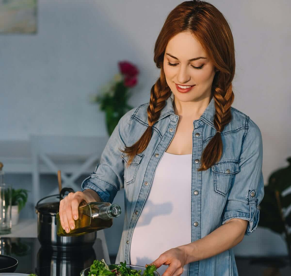 3 Benefits of Olive Oil During Pregnancy