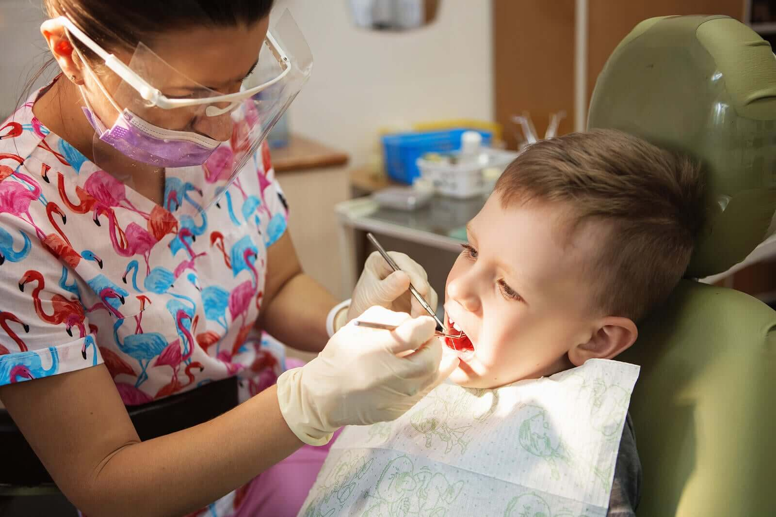 Gingivitis in Children: Symptoms and Treatment
