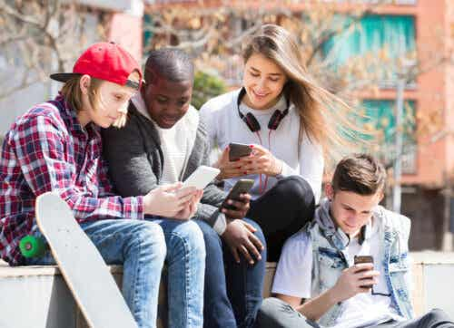 Benefits of Social Media for Teenagers