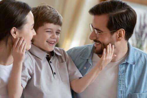 7 Simple Ways to Raise Grateful Children