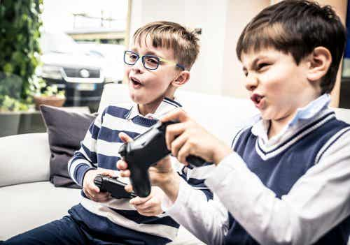Benefits and Risks of Online Gaming