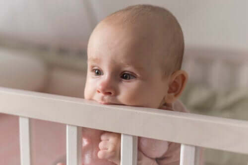 Does teething affect children's sleep?