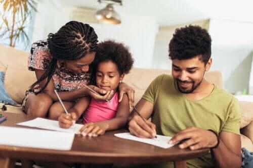 Should Parents Compliment Their Children?