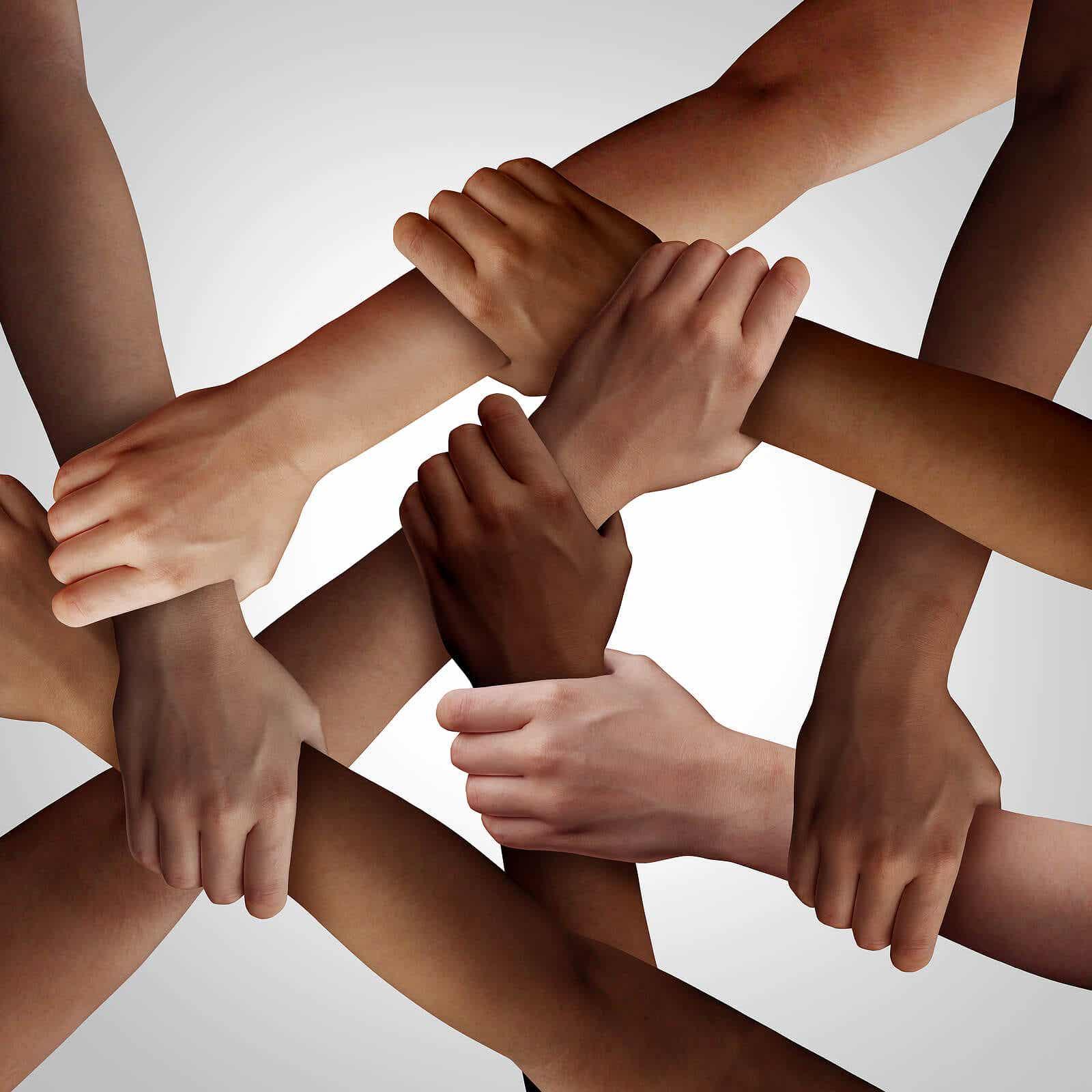 Wapens van verschillende rassen verweven om de mensenrechten te vertegenwoordigen.