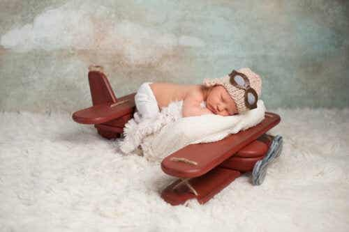 At What Age Can a Baby Travel by Plane?
