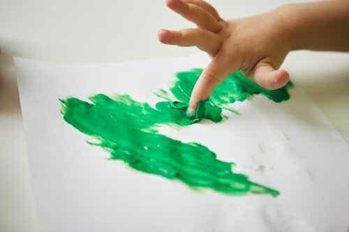 5 Finger Painting Crafts for Children