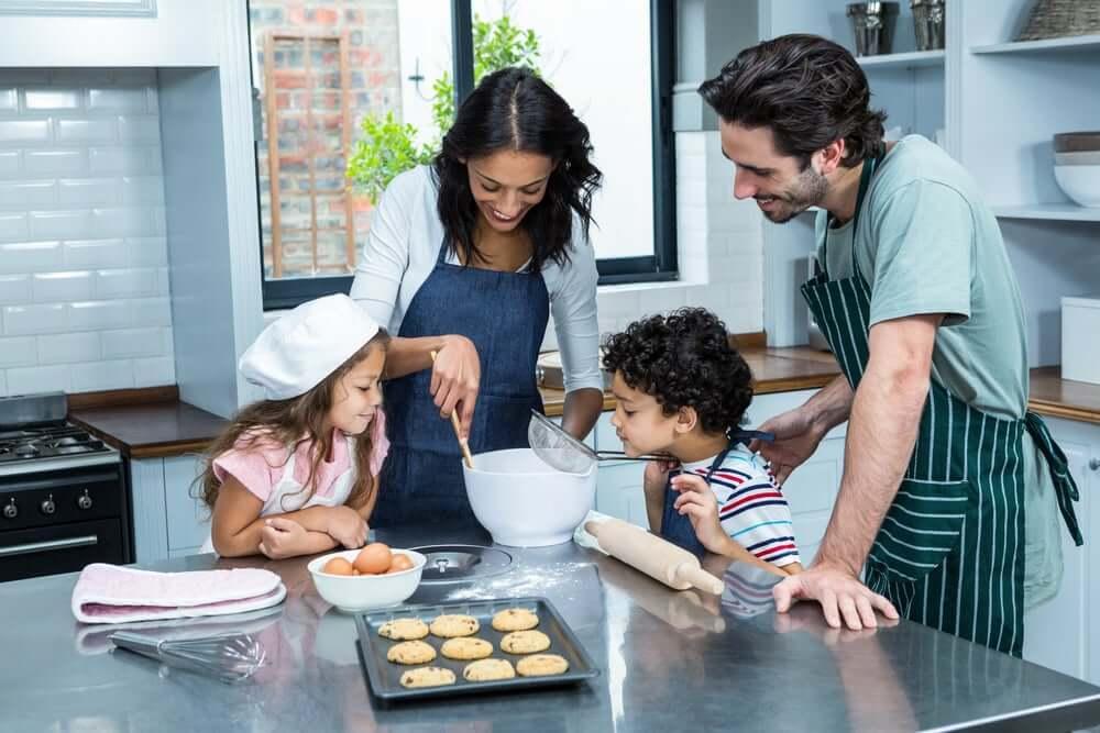 Samen met de kinderen koken is leuk