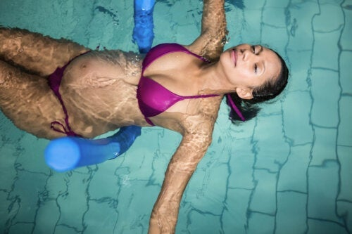 5 Exercises in the Pool for Pregnant Women